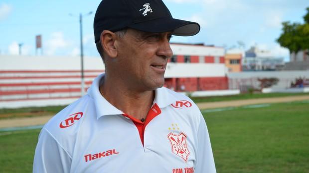 Celso Teixeira disputará o primeiro clássico sergipano (Foto: Felipe Martins/GLOBOESPORTE.COM)