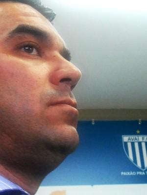 Marcelinho Paulista, diretor de futebol do Avaí (Foto: João Lucas Cardoso / Globoesporte.com)