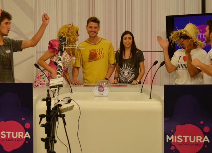 Mistura deste sábado também traz competição de mímica entre 'mané' e 'alemã' (Foto: Sandro Machado/RBS TV)