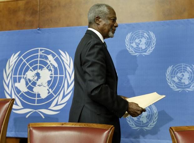 O diplomata Kofi Annan após entrevista nesta quinta-feira (2) em Genebra, na Suíça (Foto: Reuters)