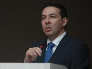 Presidente da OAB no Piauí enviou ofício de apoio à PEC para a Assembleia Legislativa (Foto: Viviana Braga/G1)