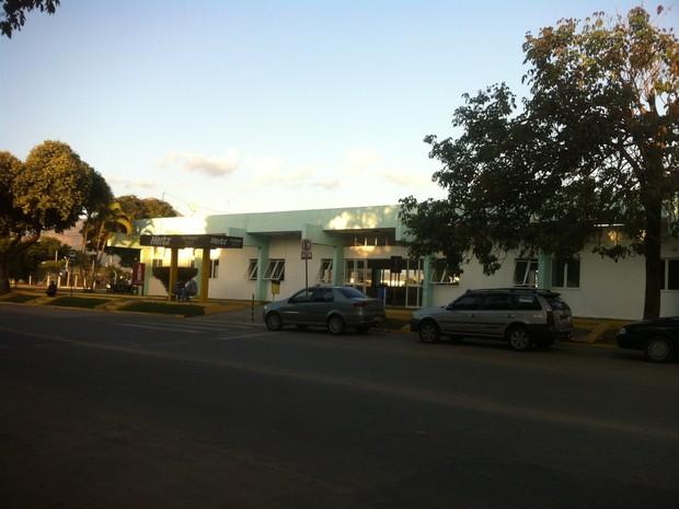 Entrado do Aeroporto Coronel Altino Machado, em Governador Valadares. (Foto: Diego Souza/G1)