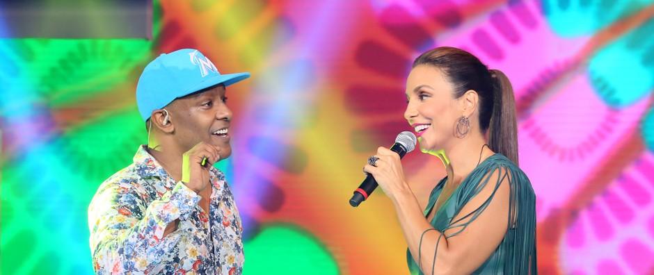 Márcio Victor encerra 2ª temporada de Sai do Chão com Anitta, Ivete e mais! (Carol Caminha/Gshow)