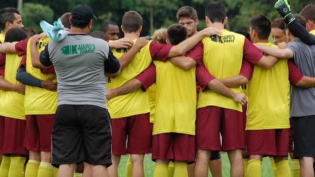 Grupo de jogadores do Juventus-SC (Foto: Divulgação / GE Juventus)