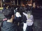 Estudantes prestam homenagem à jovem morta em acidente na SP-50