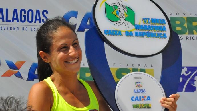 Luciane Holanda corrida (Foto: Fabrício Melo/TV Gazeta)