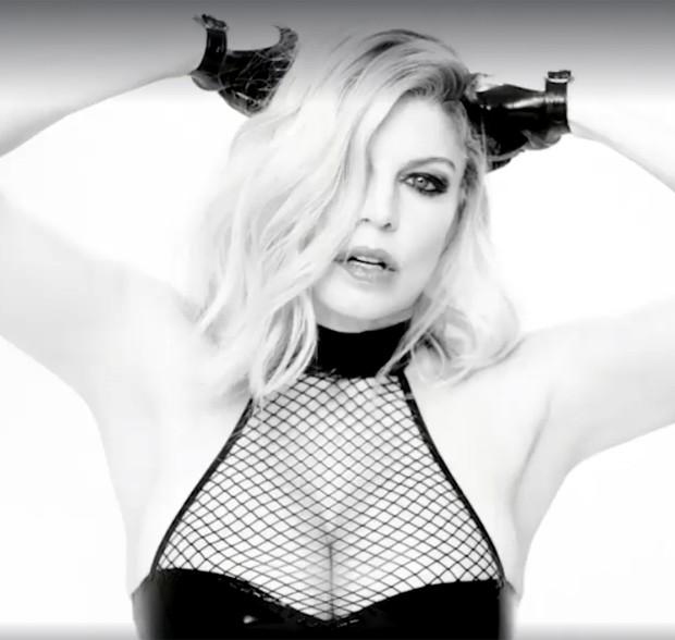Fergie em prévia de novo videoclipe (Foto: Reprodução)