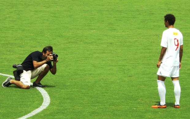 Bruno Gomes, jogador do Desportivo Brasil Sub-17 acertado com o Manchester United (Foto: Fernando Cesarotti/Globoesporte.com)