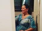 Mariana Belém mostra barrigão e diz: 'Último show aberto antes da licença'