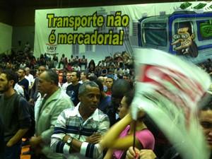 Metroviários realizam assembleia nesta quarta para decidir continuidade da greve  (Foto: Marcelo Mora/ G1 )