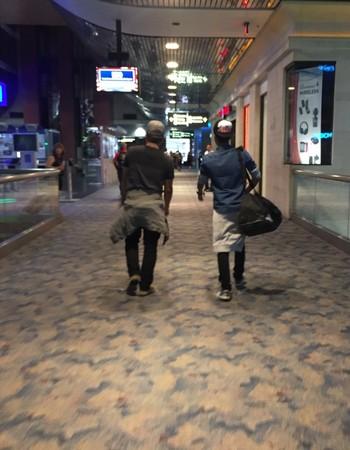 Lucas Herique e Lucas Marques: dois últimos jogadores do Las Vegas United embarcam de volta para o Brasil (Foto: Evelyn Rodrigues)