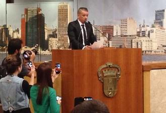 D'Alessandro recebe título de Cidadão de Porto Alegre (Foto: Inter / DVG)