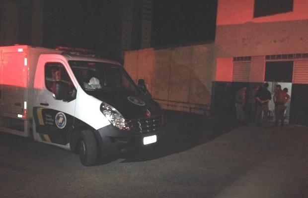 Primeira-dama de Jandaia, GO, é morta a tiros em imobiliária, diz polícia em Goiás (Foto: Adriano Reges/TV Anhanguera)