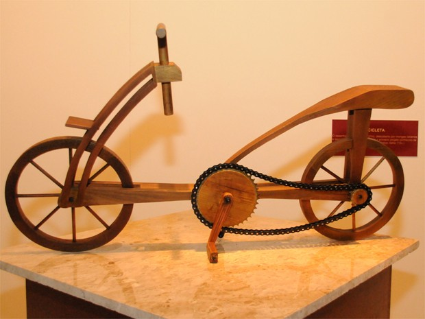 Bicicleta foi encontrada em rascunhos feitos pelo artista (Foto: Acervo Uniesp/ Divulgação)