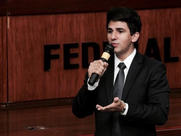Pedro Felipe se tornou o mais jovem juiz do Brasil (Foto: Roberta Rocha/Acervo Pessoal)