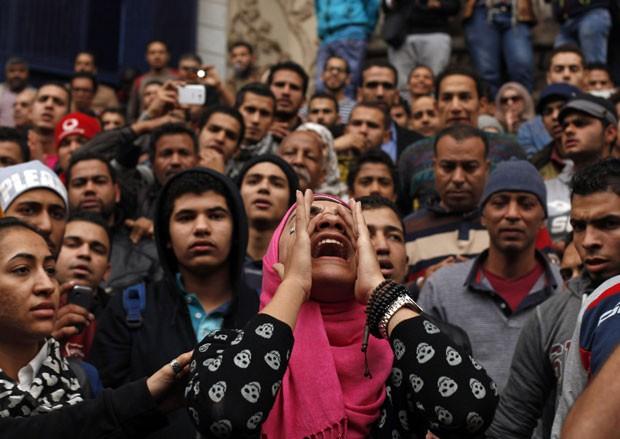Manifestantes protestam contra governo no Egito (Foto: Asmaa Waguih/Reuters)