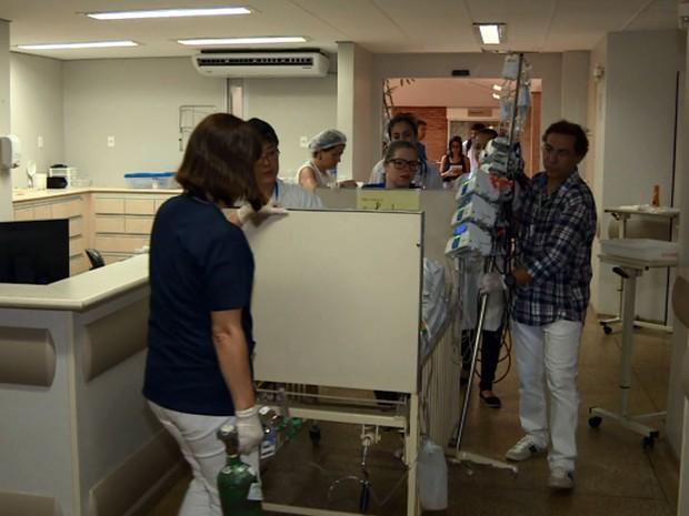 Criança em estado grave chega à internação da ala pediátrica da Unicamp   (Foto: Reprodução EPTV)