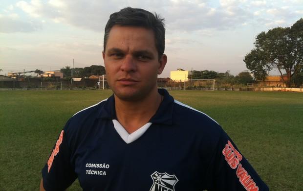 Erick Moura, novo técnico do Nacional de Uberaba (Foto: Luiz Vieira / GLOBOESPORTE.COM)