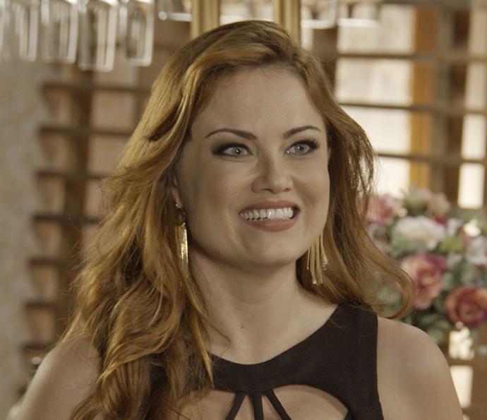 Leonora dá show em barzinho (Foto: TV Globo)