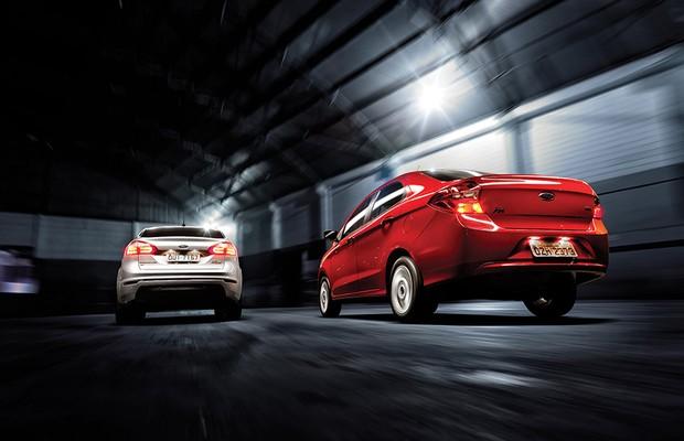 Rivalidade em família: Ford Ka+ x Ford New Fiesta Sedan (Foto: Leo Sposito)