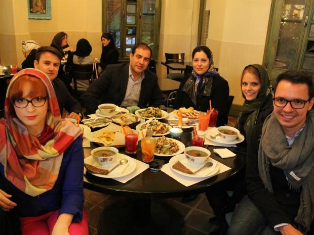 Hospitalidade do povo iraniano foi o que mais chamou atenção do grupo (Foto: Flávia Kraetz/ Arquivo Pessoal)