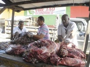 carne apreendida em itabuna (Foto: Radar Notícias/Divulgação)