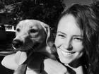 Paolla Oliveira adota cachorrinho e o apresenta em rede social
