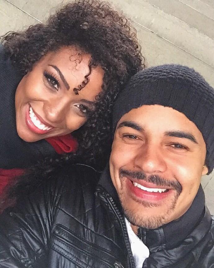 Camila Lobo com o namorado, o modelo Caio Duarte (Foto: Arquivo Pessoal)