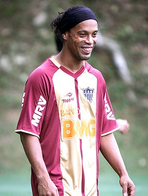 Ronaldinho no treino do Atlético-MG (Foto: Bruno Cantini / Site Oficial do Atlético-MG)