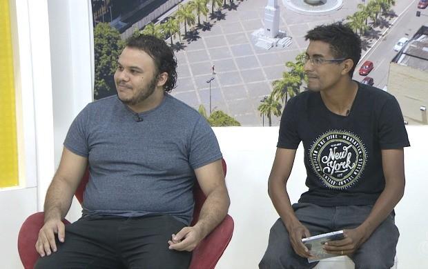 Kleysson Marques e Edy Oliveira falam sobre o primeiro CD da banda Pactto Sagrado (Foto: Bom Dia Amazônia)