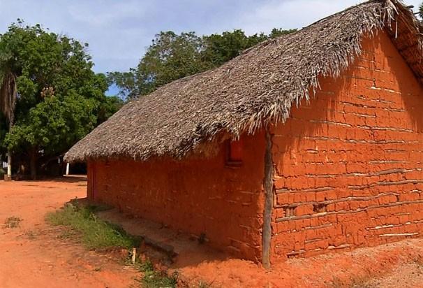 casa de pau (Foto: Reprodução/TVCA)