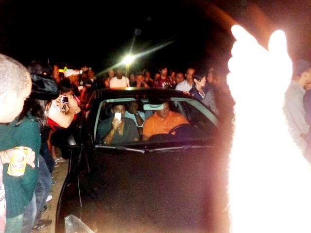 Leonardo DiCaprio conseguiu ficar isolado do público  (Foto: Tuca Muniz/Jornal Folha de Búzios)