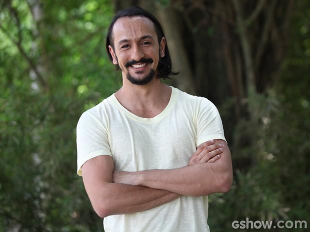 Meu Pedacinho de Chão marca a estreia de Irandhir Santos em novelas (Foto: Carol Caminha)