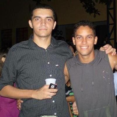 Daniel e Romulo há 11 anos curtindo juntos (Foto: Arquivo Pessoal)
