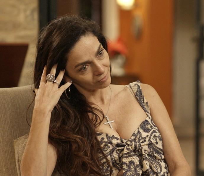 Loretta diz que trabalhou no hospital onde Loreta teve filha (Foto: TV Globo)