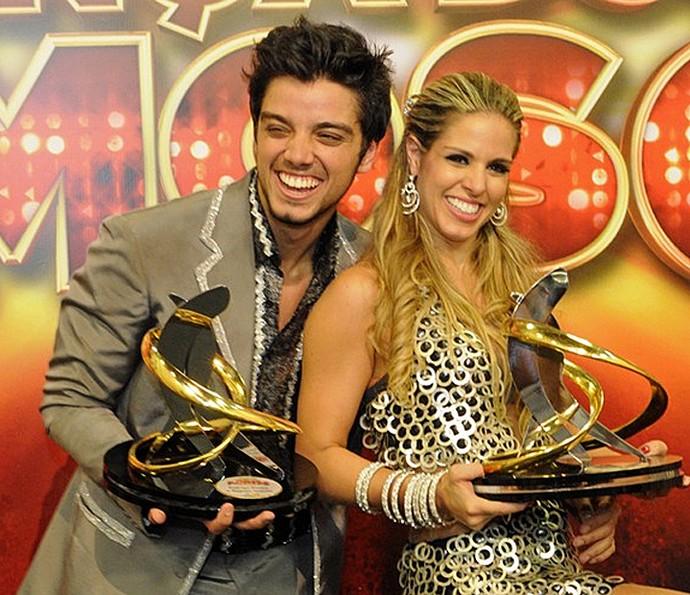 Rodrigo Simas e Raquel Guarini: campeões do 'Dança 2012' (Foto: Gshow)