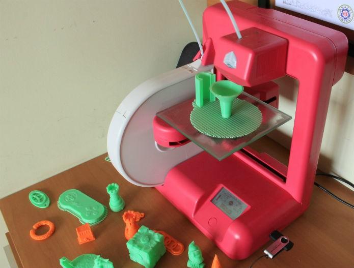 Hoje em dia, as impressoras 3D vem se popularizando continuamente (Foto: Renato Bazan/TechTudo)