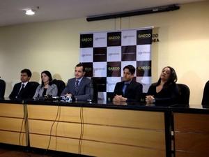 MP fala em coletiva de imprensa sobre a Operação Leopoldo, em Salvador (Foto: Maiana Belo)