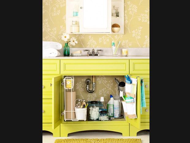Banheiros pequenos como ganhar espaço dentro deles  Casa  GNT -> Gnt Banheiro Pequeno