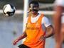 Com Renato e Vitor Bueno, Dorival esboça time titular contra o São Bento