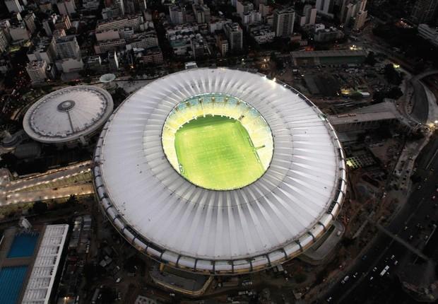 Estádio Maracanã à noite (Foto: Erica Ramalho)