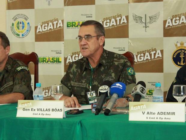 General Eduardo Villas-Bôas explicou ações da Ágata 7, que teve início neste sábado (18), nas regiões de fronteira da Amazônia (Foto: Camila Henriques/G1 AM)