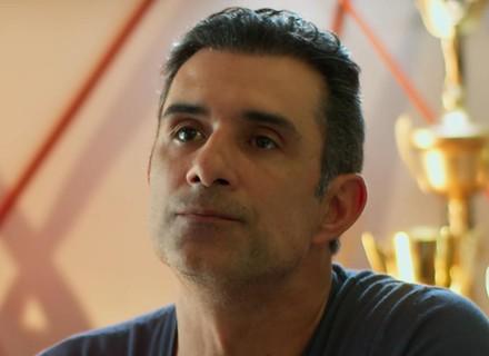 Primeiro capítulo de 'Malhação': Ricardo faz proposta a Caio