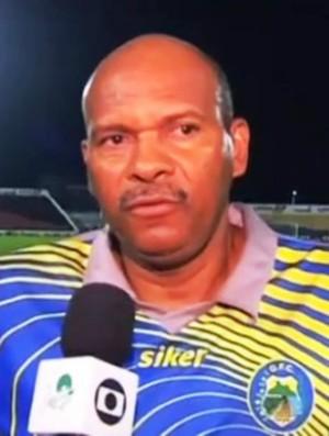 Marco Antônio, técnico do Quixadá (Foto: Reprodução/TV Verdes Mares)