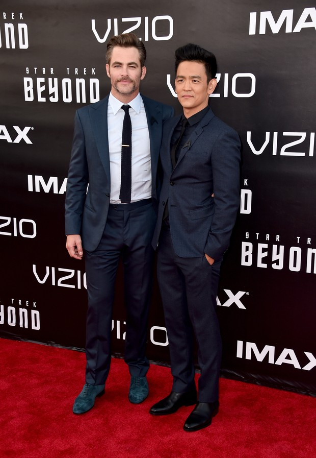 Chris Pine e John Cho em première de filme em San Diego, nos Estados Unidos (Foto: Alberto E. Rodriguez/ Getty Images/ AFP)