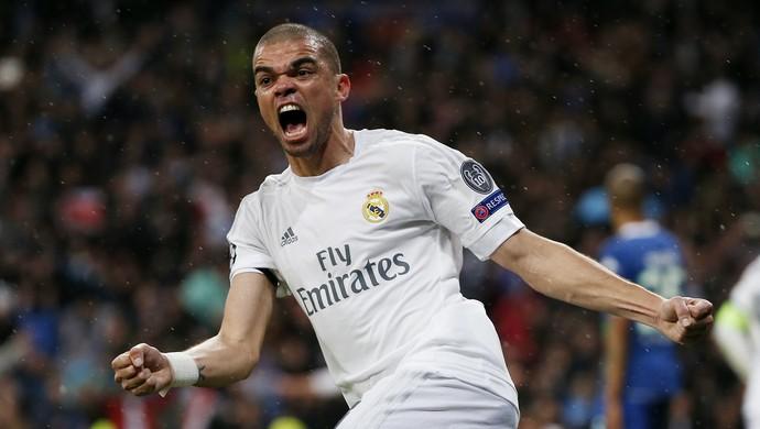 Pepe Real Madrid x Wolfsburg (Foto: Reuters)