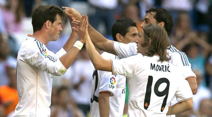 Bale comemora gol do Real Madrid contra o Espanyol (Foto: Agência EFE)