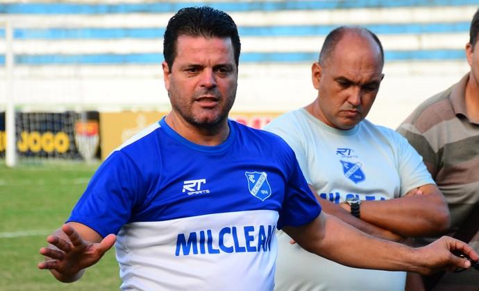 Paulinho McLaren Taubaté (Foto: Bruno Castilho/E.C Taubaté)
