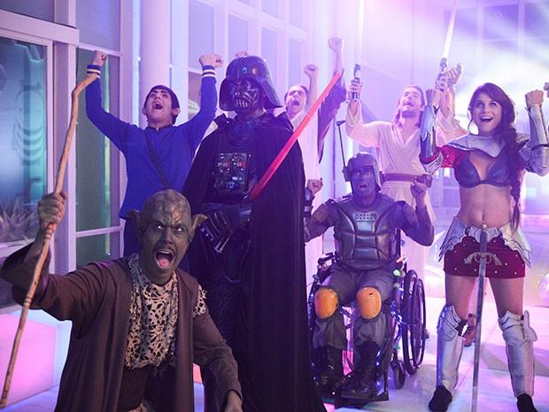 Candidatos se divertem na festa (Foto: Parker TV)