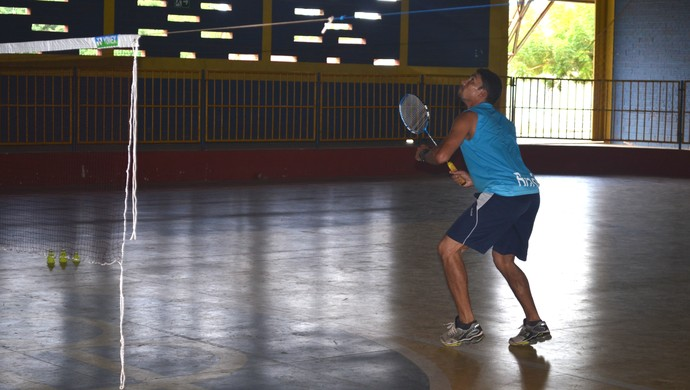 Jonas Batista Badminton Santarém (Foto: Gustavo Campos/ GloboEsporte.com)